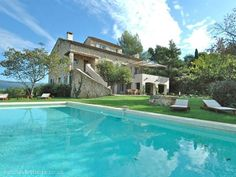 5 bedroom villa in Roussillon to rent from £2974 pw, with a private pool. Also with TV.