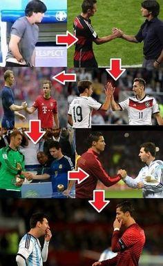 Joachim Loew grzebał w spodniach, a Messi i Ronaldo poczuli ten zapach • Od Joachima Loewa do Messiego i Ronaldo • Śmieszne zdjęcie >> #low #funny #football #soccer #sports #pilkanozna