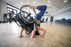 Stop Gap Dance Company, compañía británica de danza integrada, en acción.