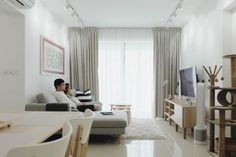 Classic All-White Themed Houses That Never Go Out Of Style