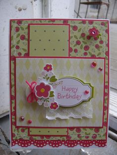 cute use of matting and papers