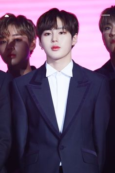 Wanna-One - Ha Sungwoon Produce 101, Jinyoung, Kim Jaehwan, Ha Sungwoon, 3 In One, Look Alike, Your Music, Attractive Men, Forever Love