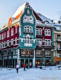 "haide-balkania: ""Timisoara, Romania Photo by George S. Timisoara Romania, Bucharest Romania, Romania People, Beautiful World, Beautiful Places, Bósnia E Herzegovina, Visit Romania, Romania Travel, Vacation Places"