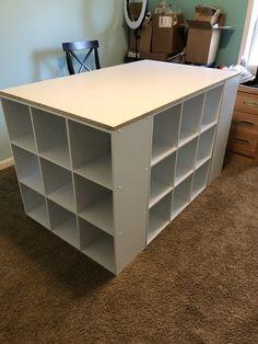 Diy Crafts Desk, Craft Room Desk, Craft Room Tables, Craft Room Storage, Diy Desk, Room Organization, Diy Crafts Room Decor, Craft Room Organizing, Diy Storage Desk
