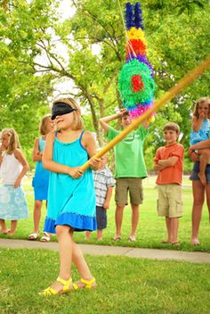 One of toughest things about planning a kids' birthday party just might be trying to keep the young guests entertained. Take a look at these frugal fun party games.