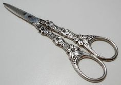 EL Silver Plate GRAPES Scissors Shears