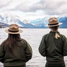 Tips on how to be a ranger in the National Park Service Forest Service, Park Service, Yellowstone National Park, National Parks, My Goal In Life, No Experience Jobs, Volunteer Programs, Eagle Scout, Forest Park