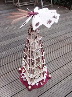 DAMASU-Info-Blog: Die gotische Pyramide der Familie Hinze