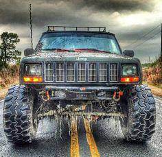 Loving this gnarly Jeep! Jeep Zj, Jeep Xj Mods, Jeep Truck, Jeep Wrangler, Pickup Trucks, Lifted Jeep Cherokee, Jeep Grand Cherokee, Cherokee Sport, Lifted Jeeps
