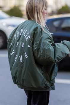 Totally banging army green bomber jacket spotted at Fashion Week