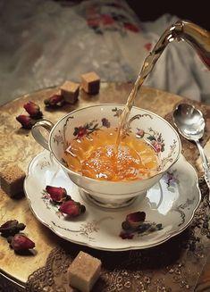 Coffee Bullet, Tea And Crumpets, Tea Quotes, Fancy Drinks, Shabby, Breakfast Tea, Flower Tea, Chocolate Coffee, Coffee Love