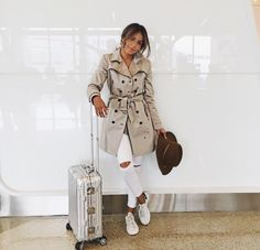 Love the trenchcoat and the white denim jeans