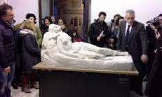 I gessi di Canova danno il benvenuto. Ma non ci sono solo quelli. La mostra sul patrimonio dell'Accademia di Belle Arti offre alla città e a tutto il pubblico...