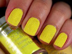 Crazy Crystals Fluo Yellow #pupa #nailart #nails #beauty #crazycrystals