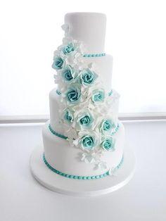 vanilla and chocolate wedding cake Floral Wedding Cakes, Wedding Cake Designs, Turquoise Wedding Cakes, Floral Cake, Beautiful Wedding Cakes, Beautiful Cakes, Dream Wedding, Tiffany Wedding, Rose Cake