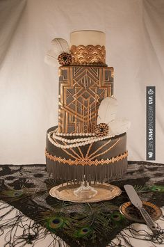 Fabulous Art Deco Cake wow! Great gatsby style party!