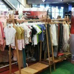 --- Yang butuh untuk keperluan display toko, cafe, ataupun booth bazar, food…