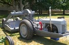 Dearborn Implements For Ford 8n Tractor - Yahoo Image Search Results Vintage Tractors, Antique Tractors, Antique Cars, 8n Ford Tractor, Tractor Accessories, Earth Moving Equipment, Tractor Attachments, Snow Plow, Heavy Equipment