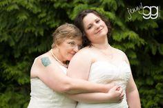 lesbian wedding by jenny gg and Seattle Wedding Officiant Annemarie Juhlian