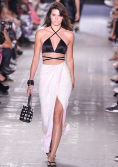 Back on board:Kendall Jenner got her perfectly toned pins into gear and…