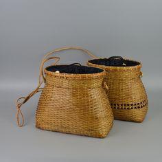 Shape  Fish BasketMain Material  StrawHandbags Type  TotesTypes of bags   Top-Handle BagsInterior  Interior Slot PocketExterior  NoneItem Type  Woven  Bag d78e29d5ef1c1