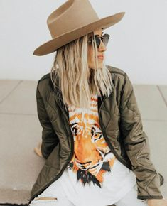 GRAPHIC TEES FOR SPRING – Parrish Place