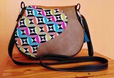 fr_motif_geometrique_en_diagonal_she_s_so_sassy_bag_