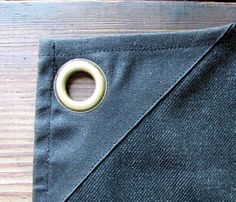 Corners reinforced with wax canvas to ensure the best quality. #waxedcanvas #aprons #workwear #jonesofboerumhill
