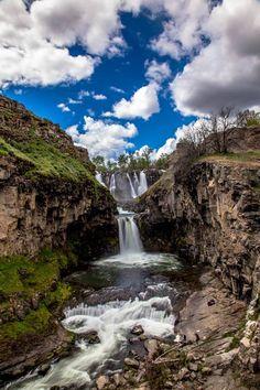 Mike Edwards - White River Falls