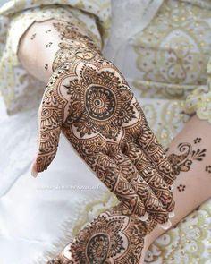 Mehndi Tattoo, Henna Tattoo Designs, Mehndi Art, Henna Mehndi, Hand Henna, Arabic Henna, Henna Art, Henna Designs Easy, Beautiful Henna Designs