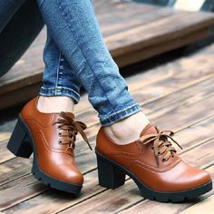 Hot Selling Vintage Lace Up Oxford Shoes For Women Fashion British Style  Round Toe Woman Oxford a6f61436d801