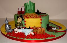 Wizard of Oz Cake 5 by The Marzipan Duck, via Flickr