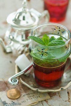 Thé à la menthe Marocain - my favourite!