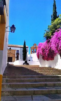Cuesta del Bailio Villas, Spanish Courses, Amazing Destinations, Mansions, House Styles, Building, Ideas Para, Cordoba Spain, Doors