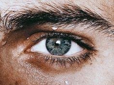 heroes of olympus aesthetic Pretty Eyes, Beautiful Eyes, Julian Blackthorn, Aesthetic Eyes, Crying Aesthetic, Dark Green Aesthetic, Makeup Aesthetic, Nature Aesthetic, Aesthetic Drawing