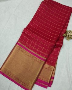🐢Kanchi organza silk Saree with contrast border, rich pallu & brocade blouse Price : Including Shipping ✈Ready to dispatch✈ Note : Colors may slightly vary in real due to monitor or mobile screen resolutions Strictly no exchanges or no returns Organza Saree, Cotton Saree, Silk Sarees, South Indian Sarees, Ethnic Sarees, Embroidery Saree, Hand Embroidery, Long Gown Dress, Brocade Blouses