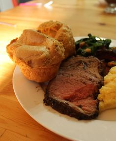 perfect paleo roast beef and Yorkshire puddings