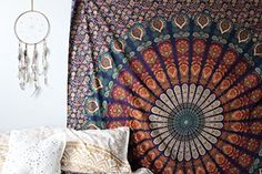 Madhu International Grande tenture style hippie bouddhist... https://www.amazon.fr/dp/B00YAGI4GC/ref=cm_sw_r_pi_dp_x_aKPszb94DTVSN