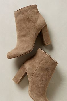 http://www.anthropologie.com/anthro/product/shoes-boots/32510497.jsp?color=006 Size 6, light brown suede