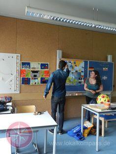 """Auch in diesem Jahr steuerte das """"FranceMobil"""" die """"Realschule An der Fleuth"""" an - Xanten"""