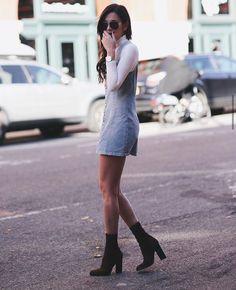 Jumper  fall style  danielle bernstein  street style Fashion Hacks 2d7822bd2bbf