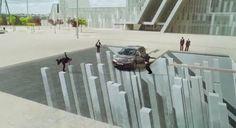 Anuncio del Honda CR-V rodado en las instalaciones de la Expo Zaragoza 2008. En la imagen, frente al Palacio de Congresos obra de Nieto Sobejano arquitectos http://m.youtube.com/watch?v=UelJZG_bF98&feature=plpp&p=PL2DC966F16474D41C