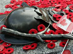 November 11 Lest we forget 🙏 Remembrance Day Pictures, Remembrance Day Activities, Canada Pictures, Pictures Images, Bing Images, The 11th Hour, I Am Canadian, Tim Hortons, Music Station