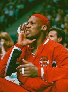 Basketball Art, Basketball Pictures, Basketball Legends, Basketball Players, Red Aesthetic Grunge, Aesthetic Dark, Aesthetic Vintage, Denis Rodman, Michael Jordan Basketball