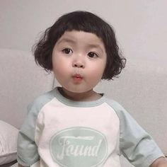 Cute Baby Meme, Cute Baby Couple, Cute Baby Girl Pictures, Cute Little Baby, Little Babies, Cute Asian Babies, Korean Babies, Asian Kids, Cute Babies