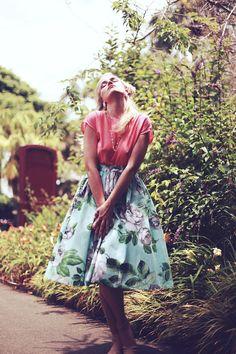 Full Skirt  Cream Puff Skirt in Grey Floral  SALE by ginnyandjudes, $104.00