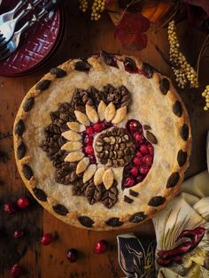 As far as I'm concerned, cranberries are the quintessential holiday fruit. From sauce and stuffing to cheesecake and scones, the tart flavour and beautiful ruby colour of cranberries ju… Pie Recipes, Dessert Recipes, Fun Desserts, Fall Recipes, Holiday Recipes, Butter Pastry, Pie Crust Designs, Pie Decoration, Cranberry Pie