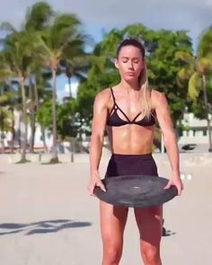 Scarecrows is a dumbbell workout that works the upper body and improves movement. Find out how to do Scarecrows with this workout video. Lower Abs Workout Men, 6 Pack Abs Workout, Six Pack Abs, Dumbbell Workout, Hip Workout, Workout Videos, Cellulite, Get Ripped Fast, Workout Exercises