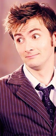 David Tennant. That look absolutely melts me. The boyfriend is cute, but Lord, this man is delicious.