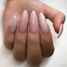 ManiQ Pink 106 & SlickPour Flash N Burn💎 nails by Nath Cohen on beautiful . - Edeline Ca.- ManiQ Pink 106 & SlickPour Flash N Burn💎-Nägel von Nath Cohen auf schönen …. – Edeline Ca. ManiQ Pink 106 & SlickPour Flash N Burn💎 Nails by … - Cute Nails, Pretty Nails, Hair And Nails, My Nails, Nail Manicure, Nail Polish, Silver Nail Art, Nagellack Trends, Young Nails
